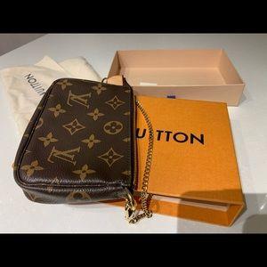 Louis Vuitton Bags - Louis Vuitton Monogram Mini Pochette Accessoires